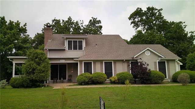 Photo of 801 Walnut Street  Honey Grove  TX