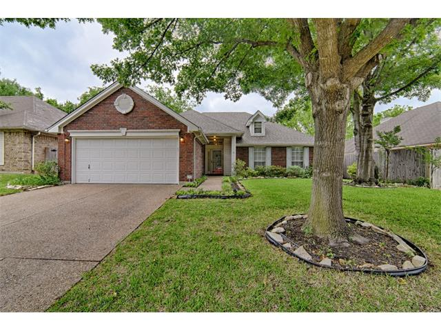Photo of 5417 Rolling Green Road  Arlington  TX