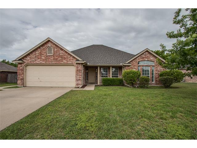 Photo of 537 Branch Lane  Midlothian  TX