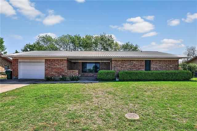 Photo of 1050 N Maple Street  Muenster  TX