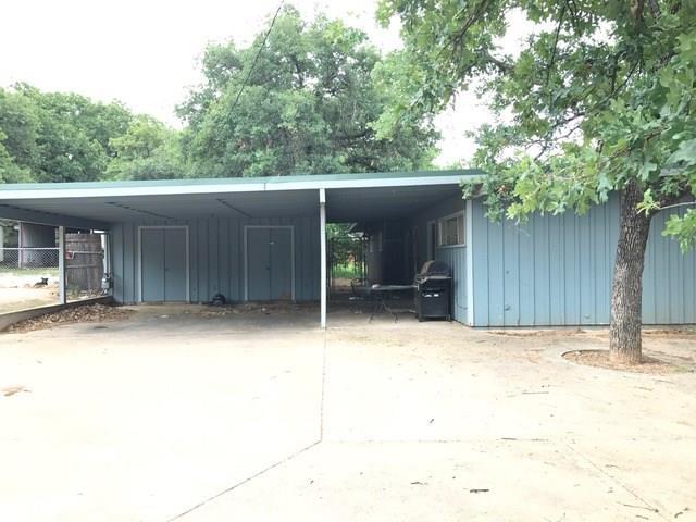 Photo of 300 SE 19th Street  Mineral Wells  TX