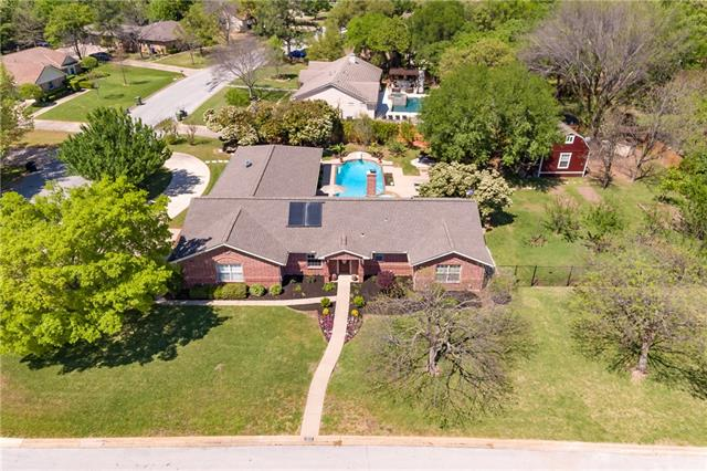 Photo of 1217 Ridgewood Circle  Southlake  TX