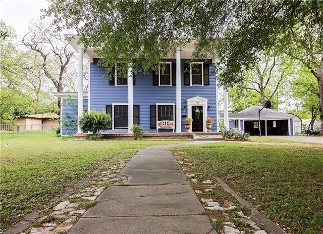 Photo of 709 E Main Street  Whitesboro  TX