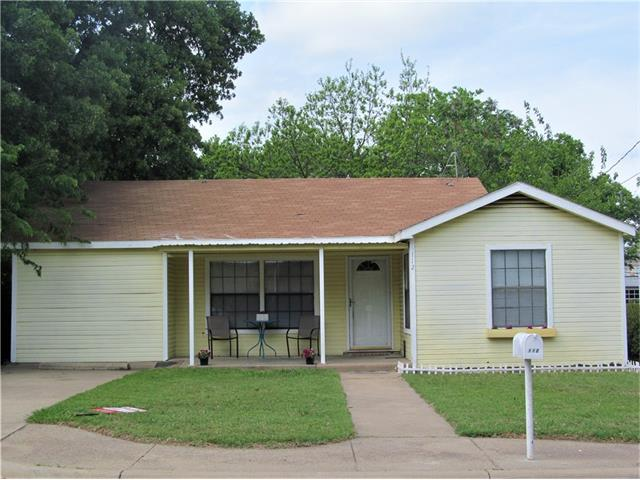 Photo of 112 W Russell Street  Weatherford  TX