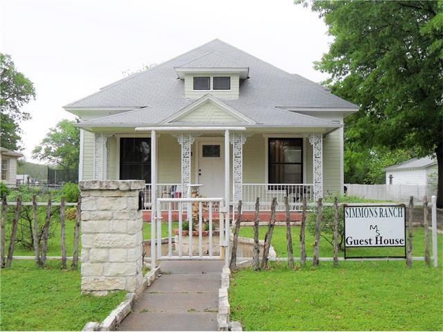 Photo of 713 E Main Street  Whitesboro  TX