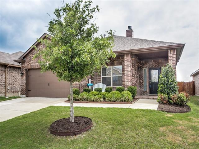 Photo of 4821 Willow Branch Court  Fort Worth  TX
