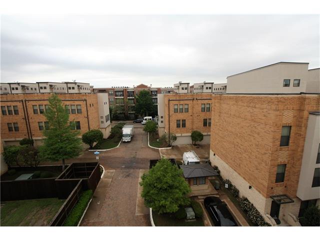 Photo of 704 Skyline Bluff Court  Fort Worth  TX