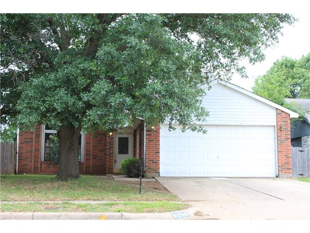 Photo of 2505 Forest Creek Drive  Fort Worth  TX