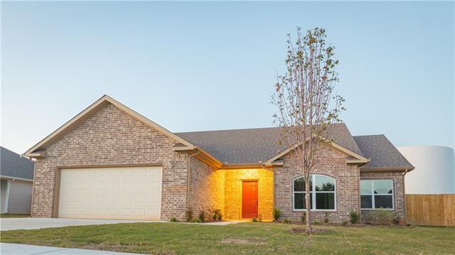Photo of 816 Northside Drive  Pilot Point  TX