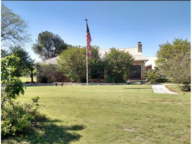 Photo of 135 CR 2700  Walnut Springs  TX
