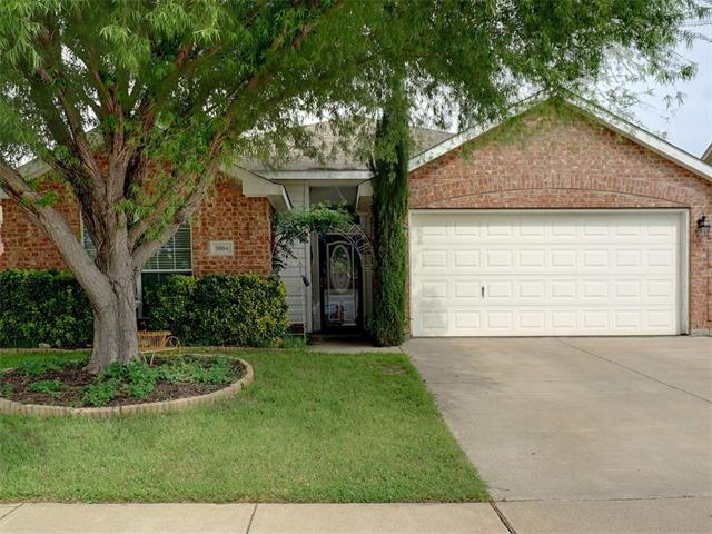 Photo of 5004 Bedfordshire Drive  Fort Worth  TX