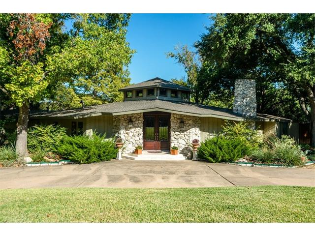 Photo of 6807 Cliffbrook Drive  Dallas  TX