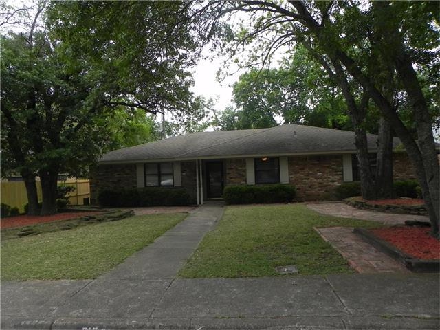 Photo of 610 Truman Court  Duncanville  TX