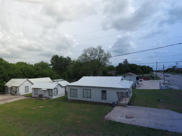 Photo of 130 E Morris Street  Rhome  TX
