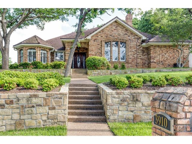 Photo of 3910 Woodstock Drive  Colleyville  TX