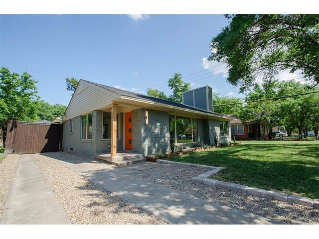 Photo of 3008 E Perryton Drive  Dallas  TX