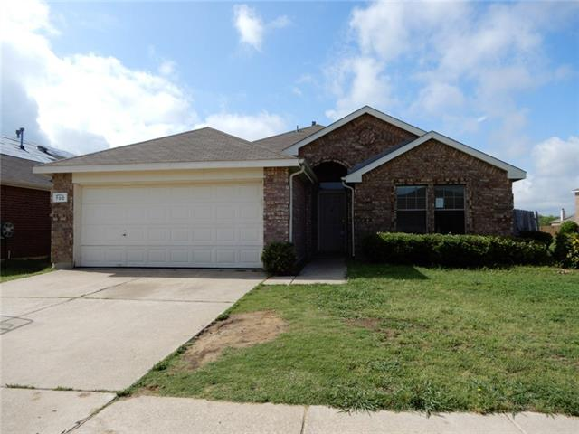 Photo of 700 Stonedale Drive  Arlington  TX