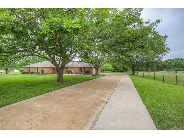 Photo of 320 Lakeway Trail  Lowry Crossing  TX