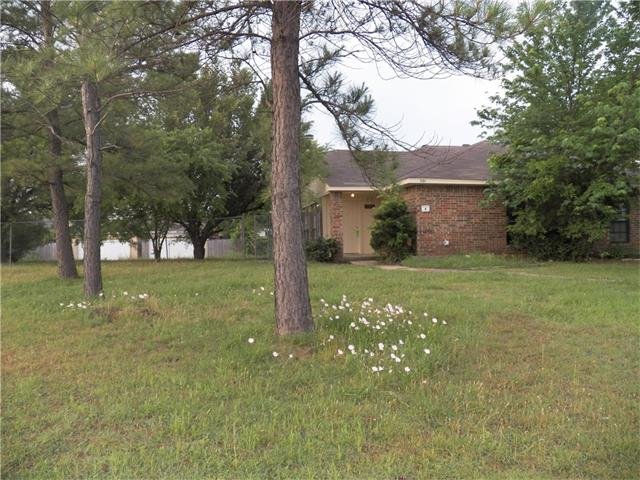 Photo of 501 Stonehenge Drive  Grand Prairie  TX