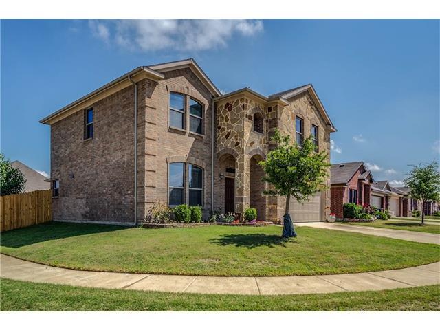 Photo of 1601 Quail Springs Circle  Fort Worth  TX