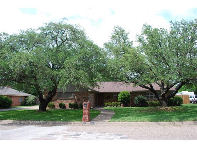 Photo of 105 Delmore Drive  Hillsboro  TX