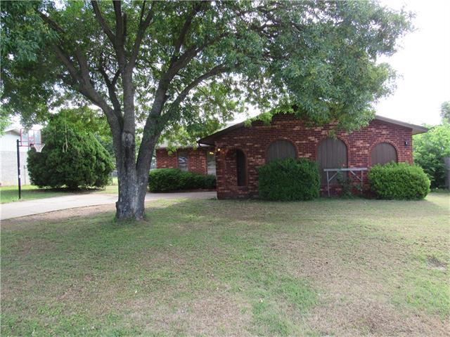 Photo of 1801 Oak Hill Drive  Corinth  TX