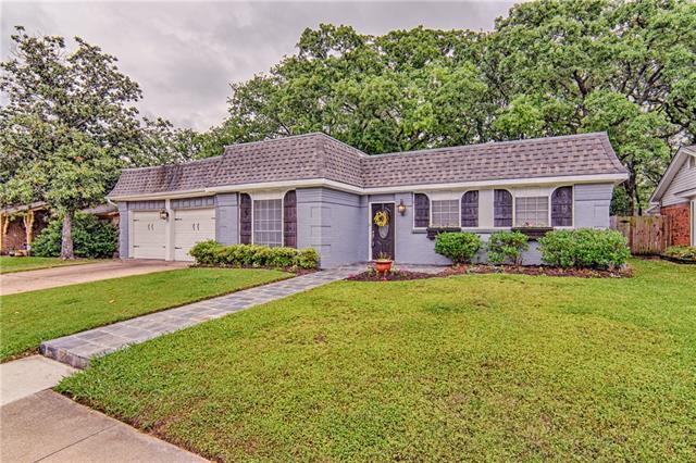 Photo of 2914 Norwood Lane  Arlington  TX