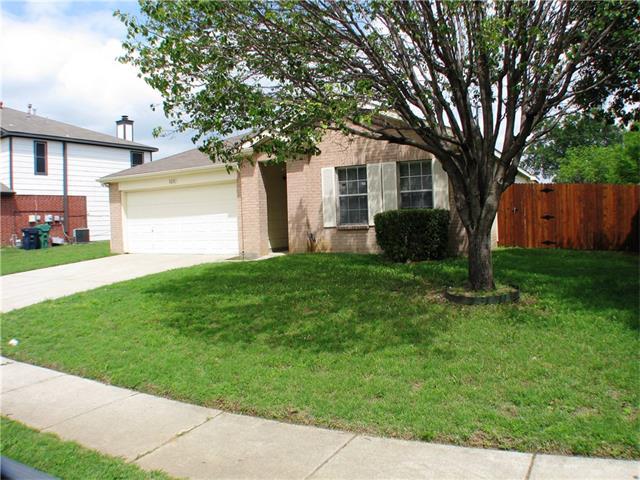 Photo of 3201 Pinehurst Court  Denton  TX
