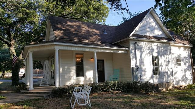 Photo of 206 Hereford Street  Glen Rose  TX