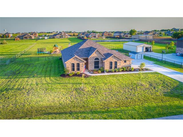 Photo of 166 Oxford Ranch Road  Waxahachie  TX