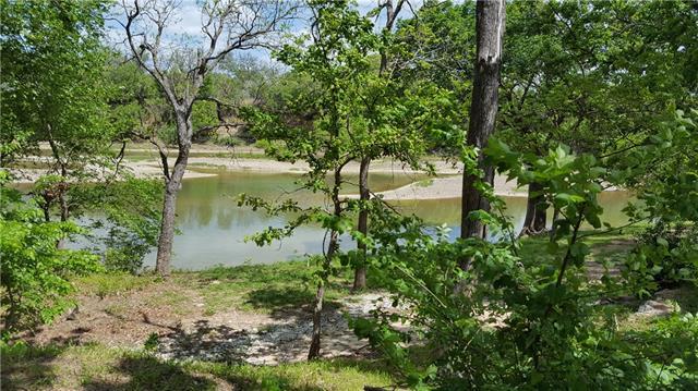 Photo of 425 County Road 3605  Laguna Park  TX