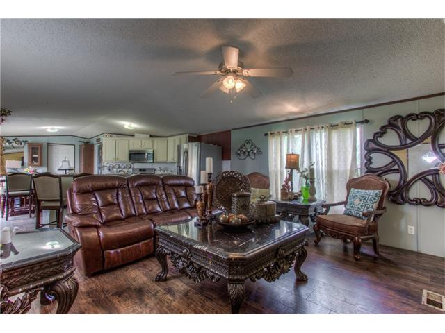 Photo of 5900 Elm Court  Joshua  TX