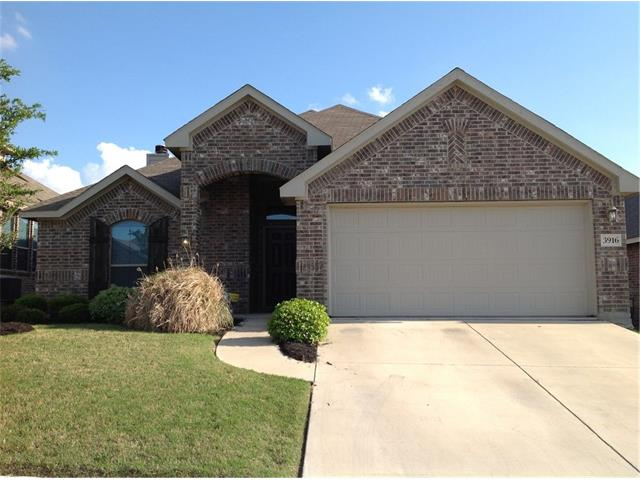 Photo of 3916 Hunter Peak Road  Fort Worth  TX