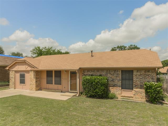 Photo of 5808 Springtide Drive  Fort Worth  TX