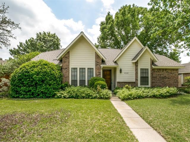 Photo of 4528 Cleveland Drive  Plano  TX