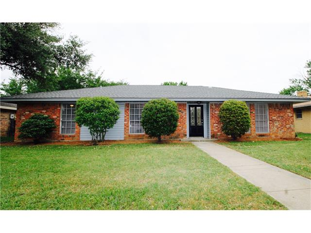 Photo of 1332 College Parkway  Lewisville  TX