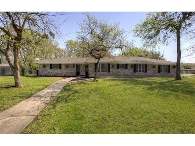 Photo of 2906 Tanglewood Drive  Commerce  TX