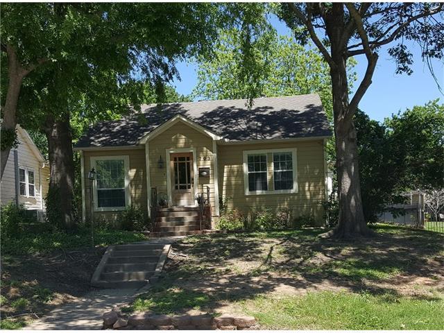 Photo of 703 W Brockett Street  Sherman  TX