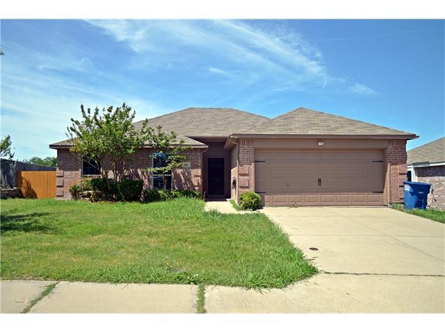 Photo of 503 Meadowview Street  Farmersville  TX