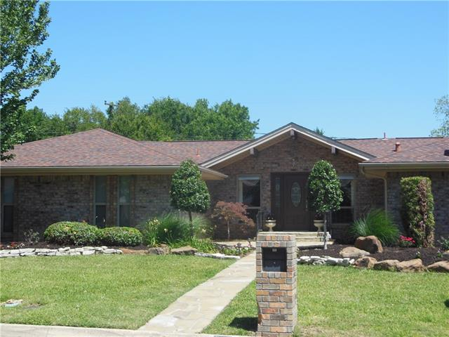 Photo of 328 W Pleasantview Drive  Hurst  TX