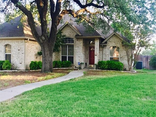 Photo of 101 Clyde Drive  Aledo  TX
