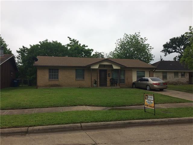 Photo of 806 Lexington Drive  Lancaster  TX