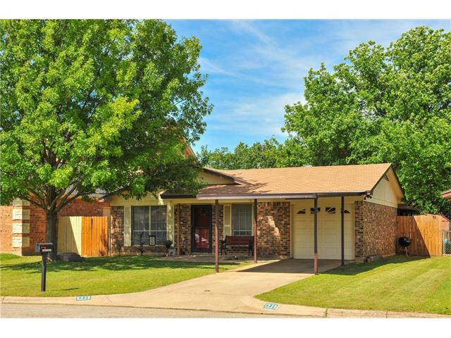 Photo of 621 Comal Avenue  White Settlement  TX