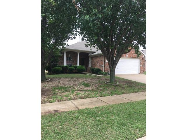 Photo of 2779 Sunvalley Drive  Grand Prairie  TX