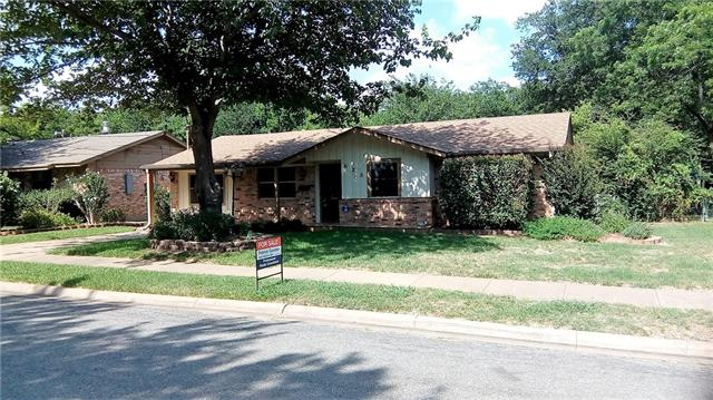 Photo of 625 Patricia Drive  Sherman  TX
