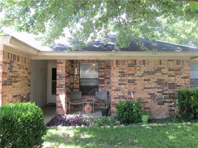 Photo of 712 Judith Street  Burleson  TX