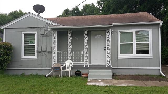 Photo of 208 Lipscomb Street  Garland  TX
