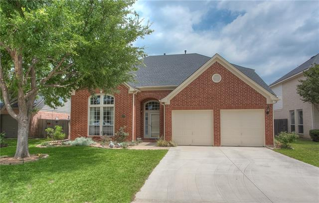 Photo of 6409 Windwood Court  Fort Worth  TX