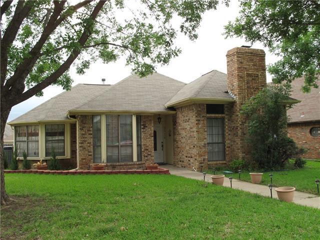 Photo of 3614 Amanda Circle  Carrollton  TX