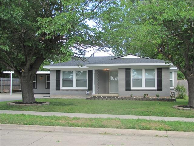 Photo of 1011 Usher Street  Benbrook  TX